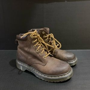 Dr Doc Martens Brown 6 eye Boots US size 6L EUC